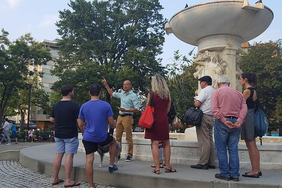 Dupont Circle - walking tour and lunch