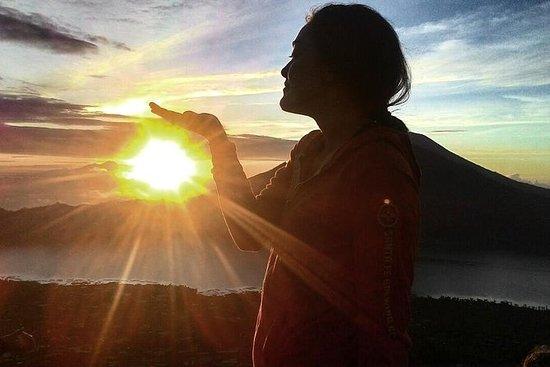 Trekking ao nascer do sol no Monte...