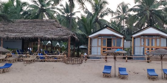 Beach front rooms and restaurant