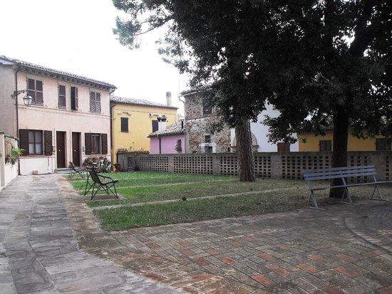 Castel d'Emilio, Italy: Piazza Antonio Gramsci