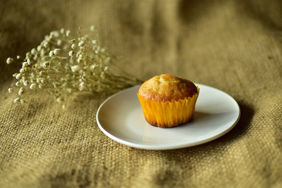 Mountain Cafe and Blue Eyes Coffee: Lemon muffin