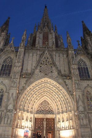 Catedral de Barcelona: Cathedral exteriors