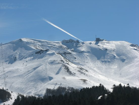 Au Détour Du Mont