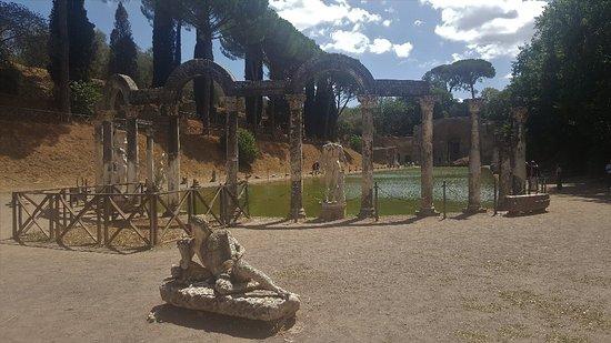 Villa Adriana Photo