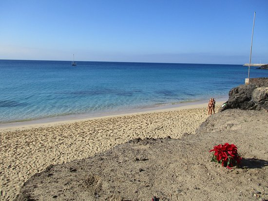 Blue Sea Jandia Luz: Okraj pláže směr centrum Morro Jable. Pohled z promenády