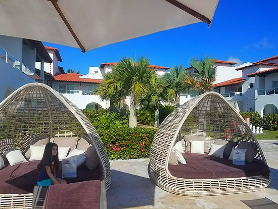 Dreams Dominicus La Romana : view from relax pool to the courtyard of building 57