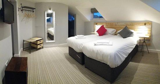 Five Valleys Aparthotel : Superior bedroom in the romantic apartment 14