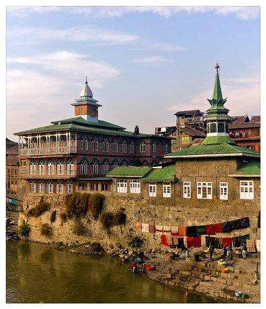 Kashmir, Indien: Firdaus in autumnal colours !