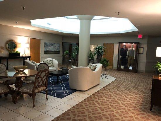 Haywood Park Hotel Photo