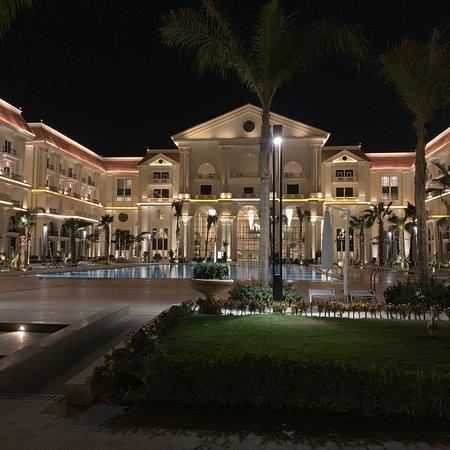Almasa Royal Palace