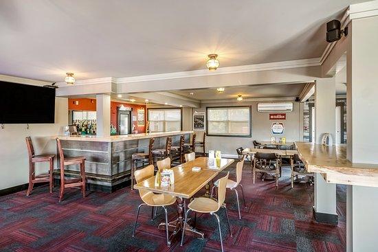 Motel 6 - Moncton: Bar