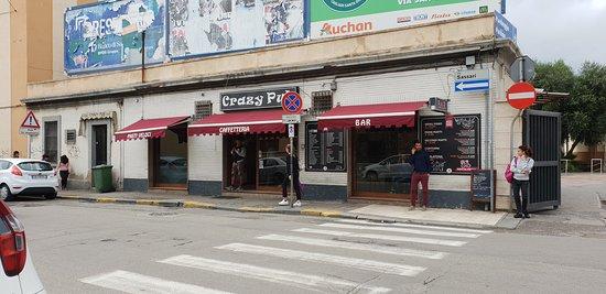 Le Crazy Pub.