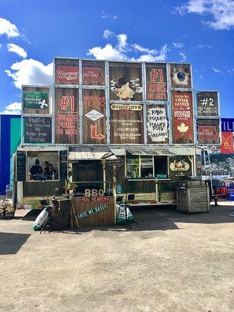 Le Smoking BBQ food-truck au Stade Olympique, Montréal, QC, CA