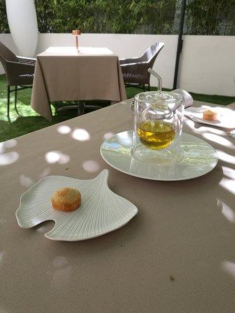 SKAB pain maison et olive vierge de l'oliveraie Jeanjean