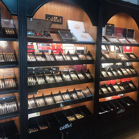 Cabinet Tobaco Boutique
