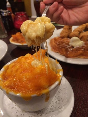Granny's Restaurant: Look at the Mac and Cheese, and it tastes good too