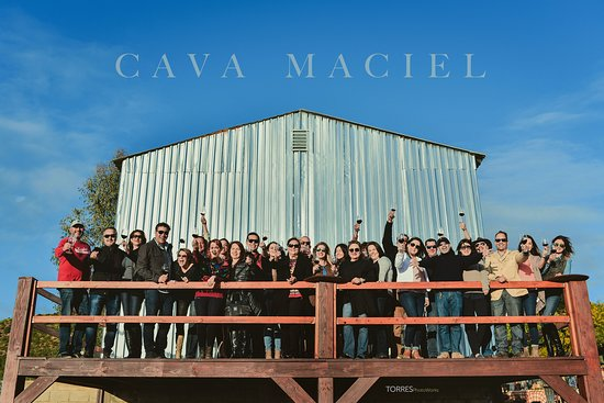 Cava Maciel: We offer our space for private events