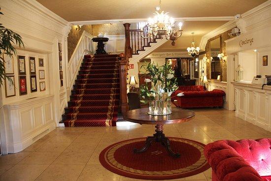 International Hotel Killarney: Gorgeous Lobby