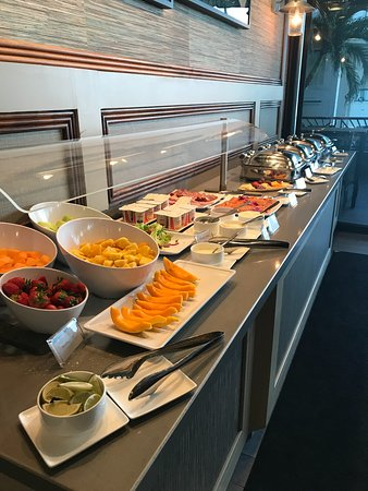 Breakfast at Voyager 47 Club