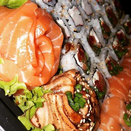 Campos Novos, SC: Um dos combos delícia da Hai Sushi Delivery