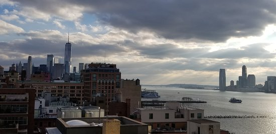 Whitney Museum of American Art Admission Ticket: Amazing views of the Harbor from the Terrace