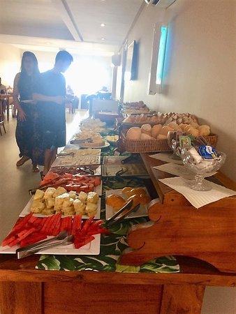Pousada Bahia Bacana: Café da manhã da pousada