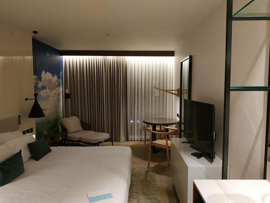 Isrotel Dead Sea Hotel & Spa: улучшеный номер Moav