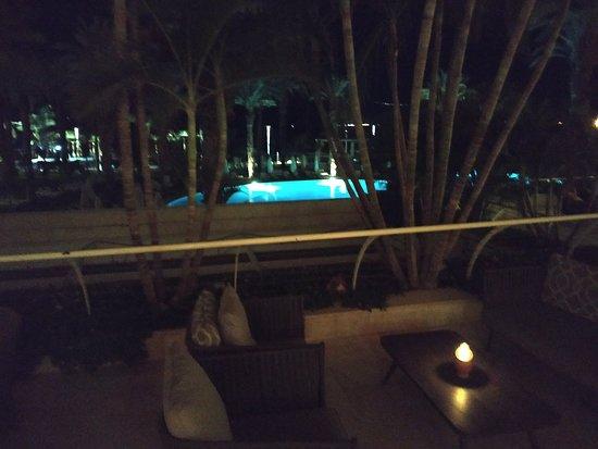 Isrotel Dead Sea Hotel & Spa: Лобби терасса