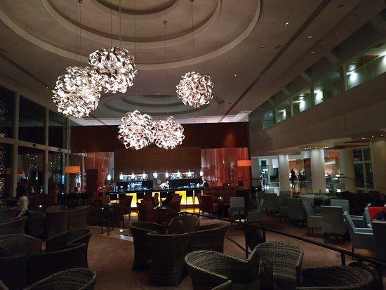 Isrotel Dead Sea Hotel & Spa: Лобби бар