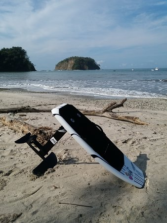 Our electric hydrofoil board (efoil)  gives you the experience of flying on water.  Join the Revolution !