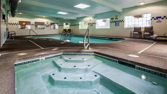 Saint Helens, OR: Indoor Pool and Jacuzzi