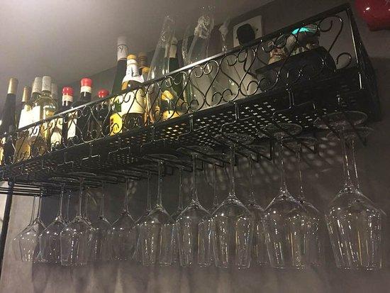 Amici: 掛起來的杯子