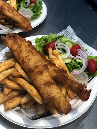 Crispy Fish and Chips sw/fresh garden salad