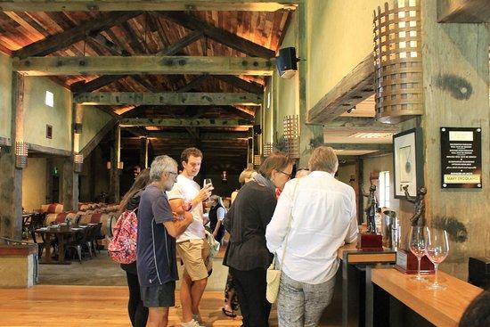 Your Tour: wine tasting with Moira tour