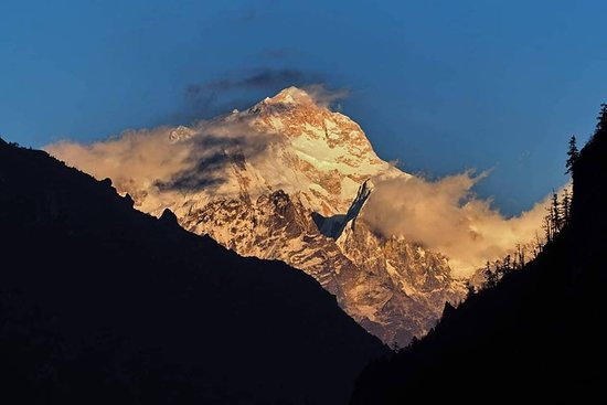 Nepal Trekkers: mansalu (8163m.)