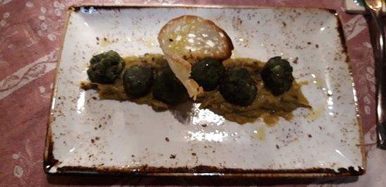 Lillo Tatini: Vegetable dumplings with chickpea puree