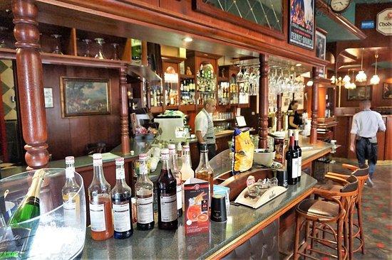 Churchill's Pub & Restaraunt: Ресторан, оставляющий приятные воспоминания – 07
