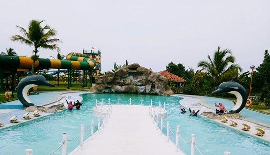 Coconut Island Carita Water Park