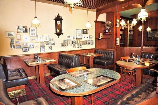 Churchill's Pub & Restaraunt: Ресторан, оставляющий приятные воспоминания – 17