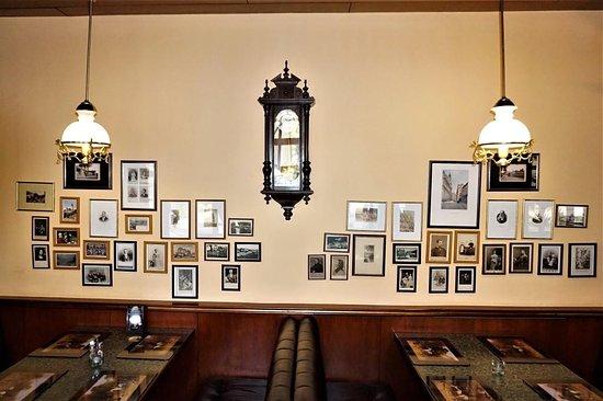 Churchill's Pub & Restaraunt: Ресторан, оставляющий приятные воспоминания – 18