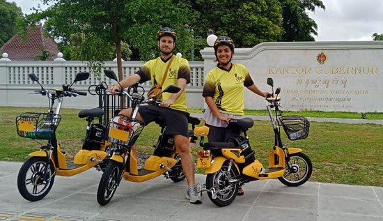 E-Bike Tours City Yogyakarta