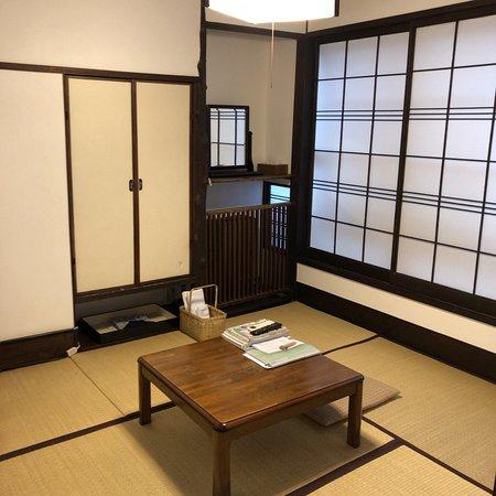 Yanagiya: 本館2階 楓の間