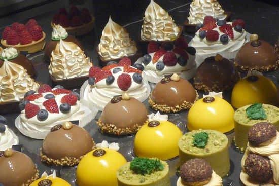 Cerna Madona: Amazing cakes