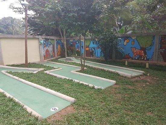 Crazy Golf Luang Prabang