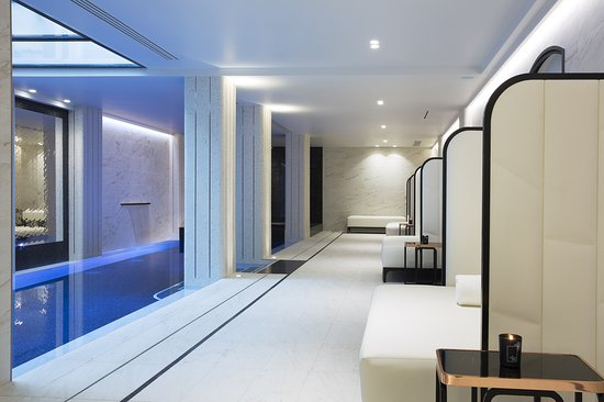 Spa Le Narcisse Blanc Hotel