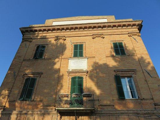 Maiolati Spontini, איטליה: Maiolati Spontini    Ospizio di Carita 