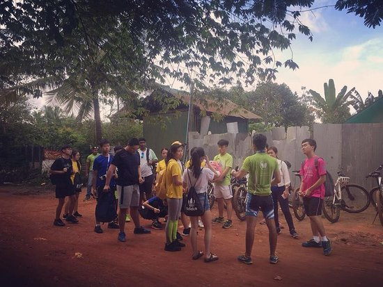 Siem Reap, Cambodia: Our tour is the best lesson for any foreign students to do during their school holiday or school trip. Let's learn about Cambodian traditional culture and daily livelihoods. www.butterflytours.asia  #butterflytours #bestbiketourinsiemreap #siemreapdaytrips #adventourbicycletouring #mountainbikrtours #tourincambodia #cambodiatravel #siemreapcyclingtour #studenttravelpackages #tourcompanyincambodia #siemreaplocaltour #travelbybike #visitcambodia #backroadsbiketrips #bestcyclingtrips #cambodiatrip