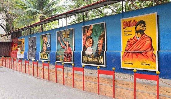 Bollywood Entertainment Tours