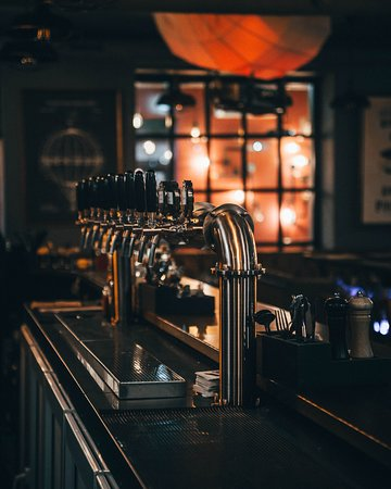25 сортов пива на кранах