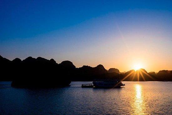 Ethnic Voyage Vietnam: sails of indochina sailboats